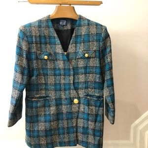 Vintage Gatsby 3/4 blazer size 40 on tag but fits smaller. Blue plaid